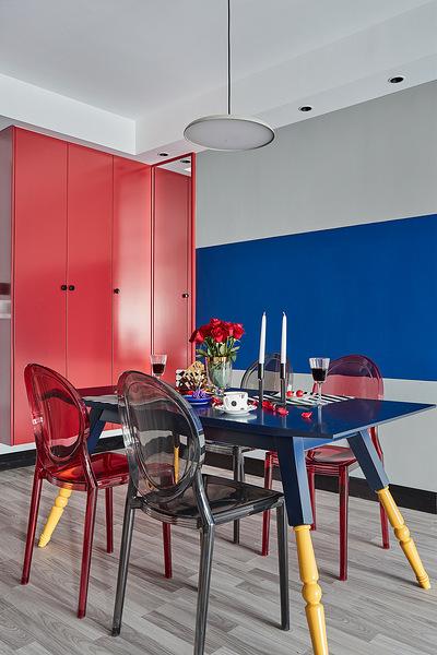 餐厅图片来自家装大管家在98平现代混搭婚房 营造明亮氛围的分享
