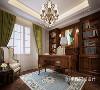 书房美式定制家具,营造出古典美式氛围,储物与阅读两相宜。
