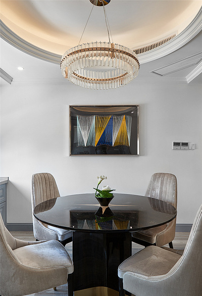 餐厅图片来自家装大管家在106平现代美式3居 舒适休闲世界的分享