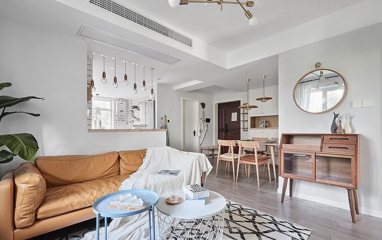 客厅图片来自家装大管家在舒适舒心 86平北欧素雅二人世界的分享
