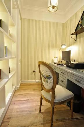 旧房改造 三居 美式 书房图片来自今朝装饰老房装修通王在130平小资美式风格的分享