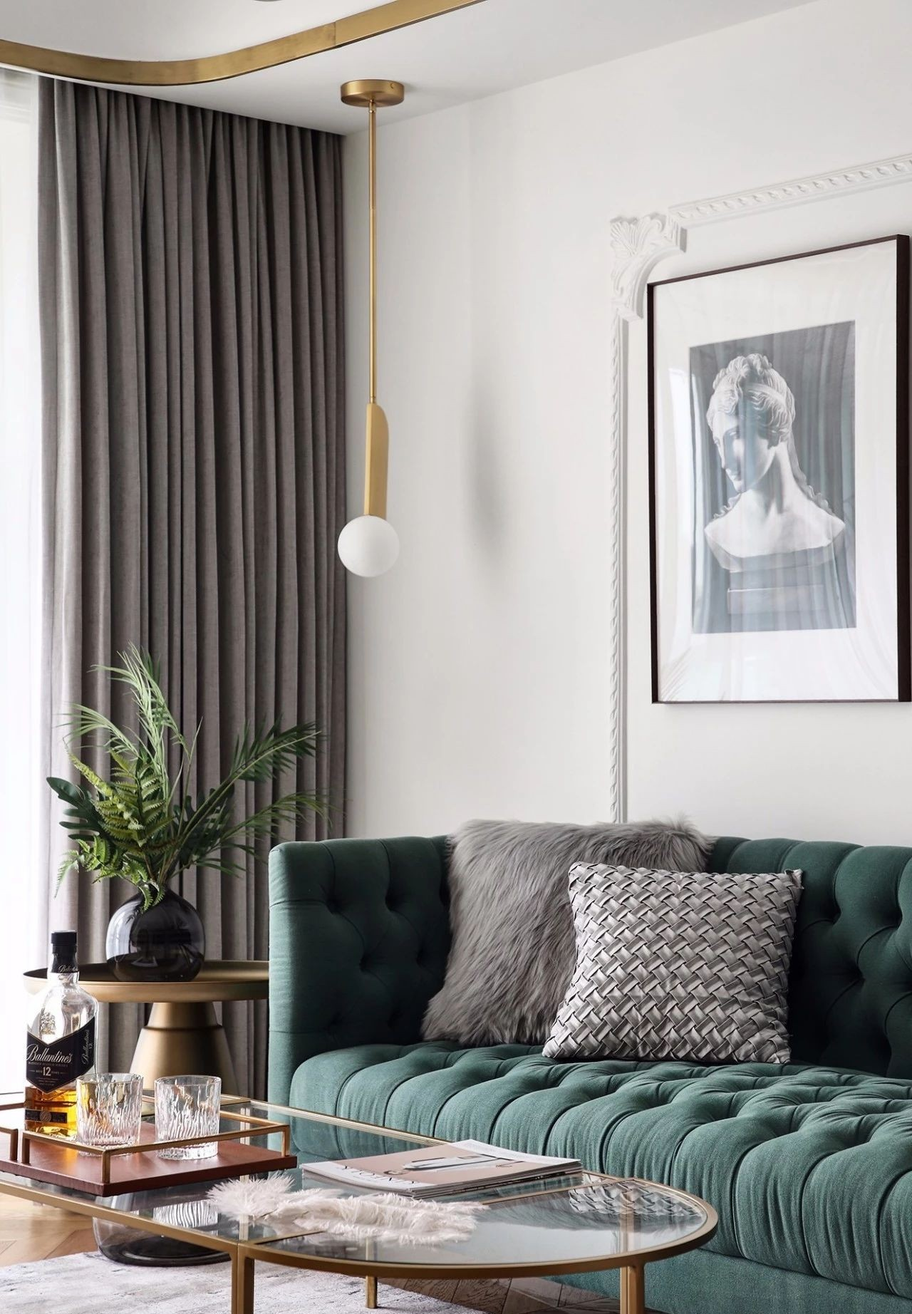 混搭 轻奢 现代 元素 全案设计 客厅图片来自鹏友百年装饰在温柔雅奢INS风的分享
