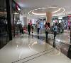 民盈·国贸城作为民盈·国贸中心的商业组成部分,其30万㎡的体量在珠三角地区视为罕见之作。