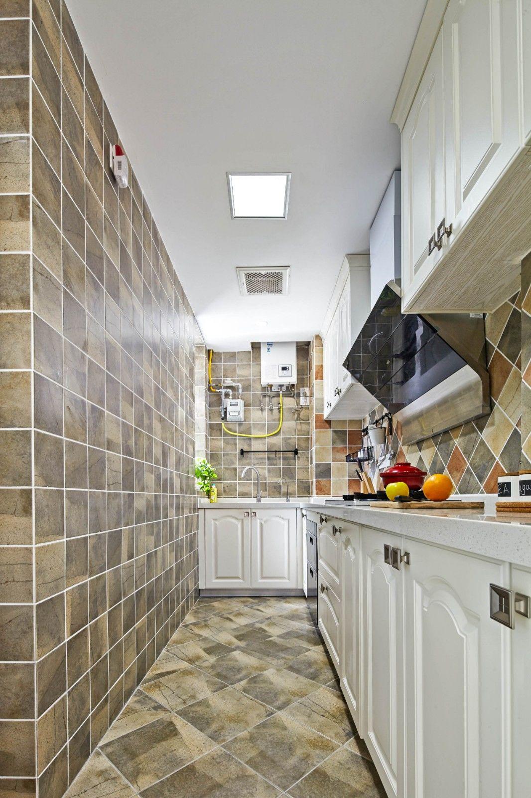 厨房图片来自乐粉_20181210150116634在简约美式风 | 墨点设计的分享