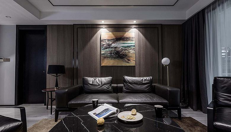客厅图片来自家装大管家在120平黑色后现代3居 超前卫时尚的分享