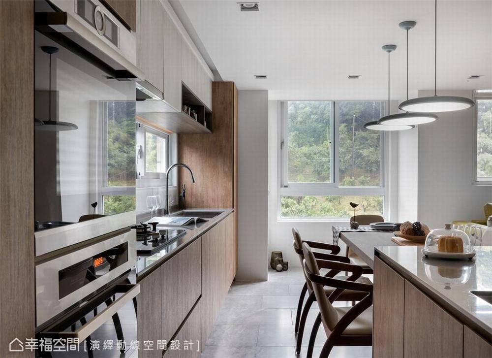 厨房图片来自幸福空间在139平, 北欧分层斜角屋的分享