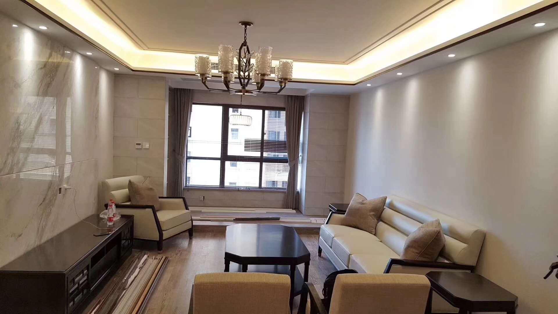 中式古典 三居 白领 小资 客厅图片来自陕西峰光无限装饰在西派国际三室两厅两卫的分享