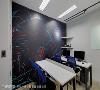 教育训练室 以整艘星际战舰为设计主轴,三宅一秀空间创艺设计团队精心挑选船舱背景,为科技领航的概念做了最佳诠释。