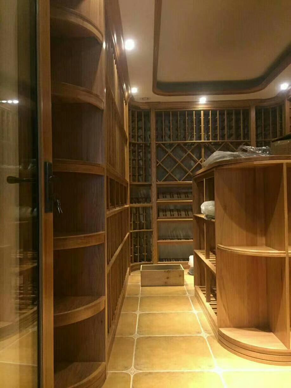 图片来自Pakho在汕头酒窖 汕头定制实木恒温酒窖的分享