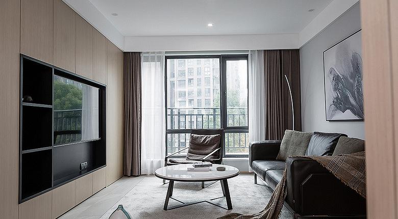 客厅图片来自家装大管家在寻求真我 100平现代素雅时尚3居的分享