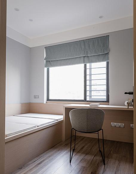 卧室图片来自家装大管家在寻求真我 100平现代素雅时尚3居的分享