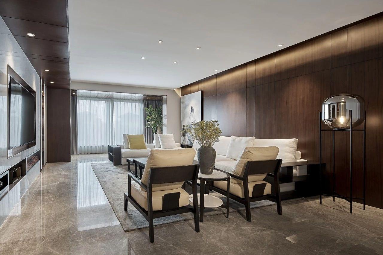 客厅图片来自鹏友百年装饰在现代风私宅设计的分享