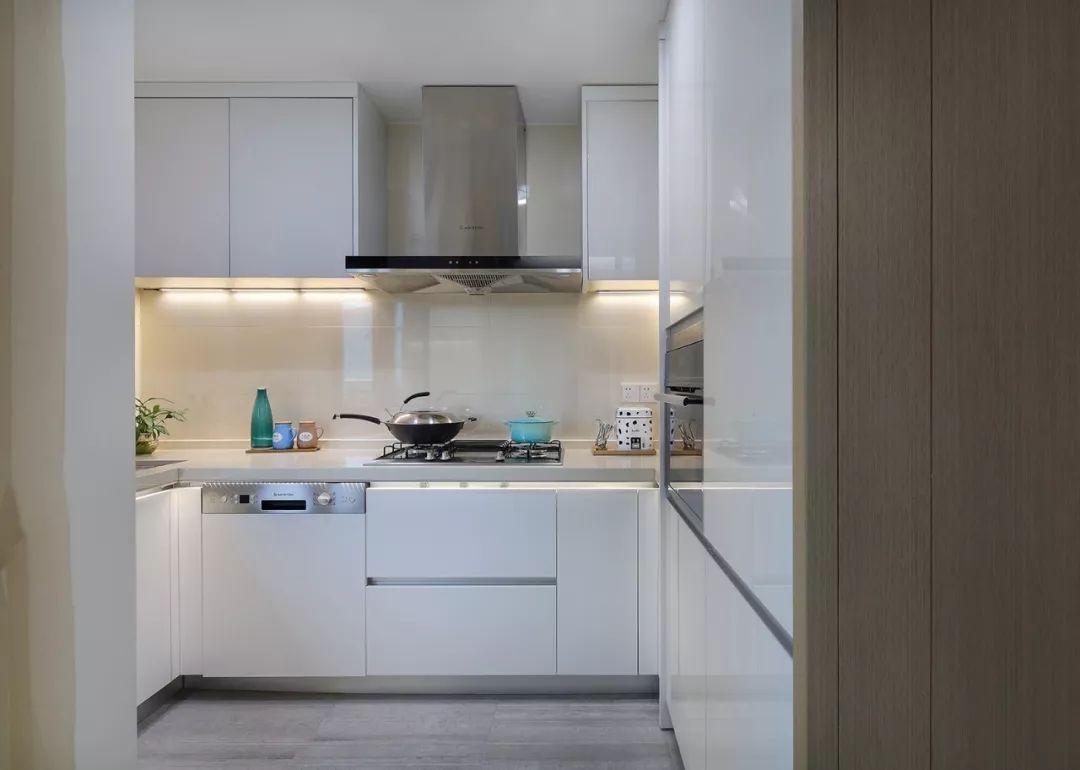 现代 新中式 混搭 全案设计 鹏友百年 重庆家装 厨房图片来自鹏友百年装饰在享受的就是这种禅意生活的分享