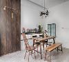 餐厨装修:原木色桌椅,线条简洁流畅,创意灯饰打破空间沉闷布局。墙上的玻璃洞绝对是设计师的神来之笔,采光设计居然可以这么做!既引入自然光的同时也保证用餐空间的私密性。