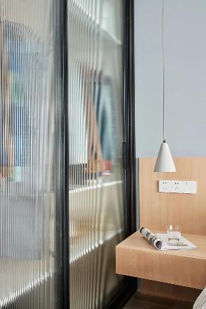 简约 北欧 全案设计 混搭 重庆家装 鹏友百年 衣帽间图片来自鹏友百年装饰在北欧风,挡不住的流行趋势!的分享