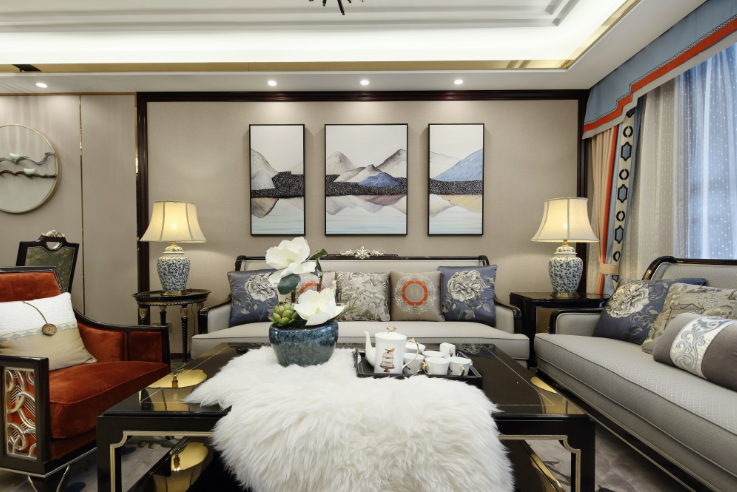 客厅图片来自装家美在首创国际学园150平米新古典风的分享