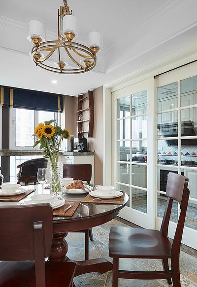 餐厅图片来自家装大管家在轻盈典雅 109平美式精致舒适3居的分享