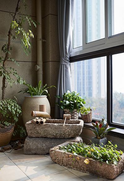 阳台图片来自家装大管家在轻盈典雅 109平美式精致舒适3居的分享
