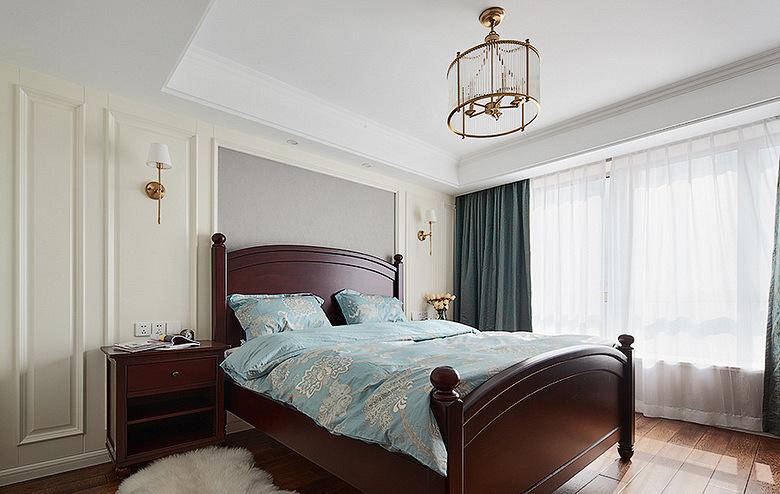 卧室图片来自家装大管家在轻盈典雅 109平美式精致舒适3居的分享