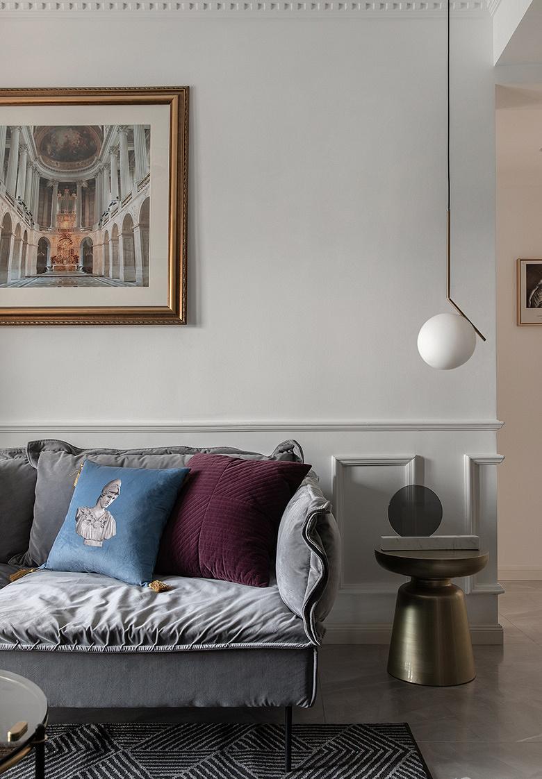 客厅图片来自家装大管家在89平休闲法式空间 崇尚冲突之美的分享