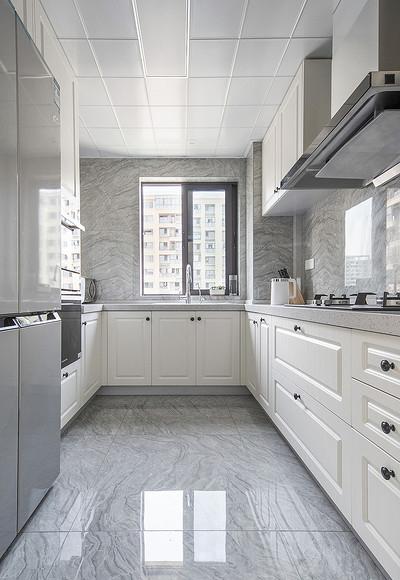 厨房图片来自家装大管家在化繁为简 96平现代主义浪漫两居的分享