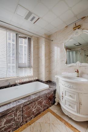 欧式 白领 未来家 客厅 大户型 卫生间图片来自兄弟装饰-蒋林明在融创白象街装修 155平大户型设计的分享