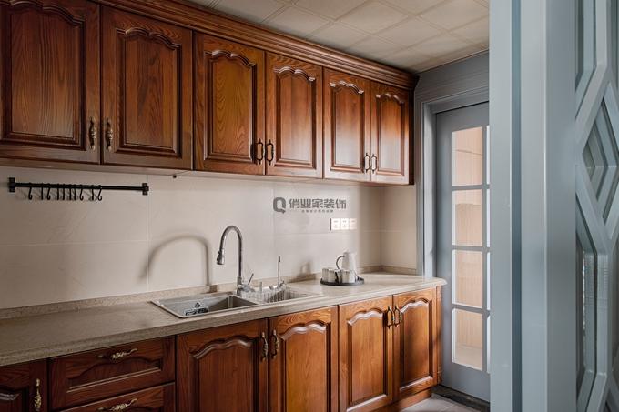 美式 简约 80后 厨房图片来自俏业家装饰在国宾城四室 现代美式风格装修的分享