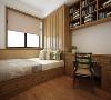 卧室空间既要讲究干净整洁保证房间的舒适与畅通,同时行走还要适当的方便快捷,对于老人房来说,隐形的收纳空间就是对老人最大的礼物。
