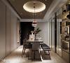 多重收纳 演拓空间室内设计团队将收纳功能集中在餐厅区两侧,搭配不透明柜面设计,在视觉上显得整洁又清爽。