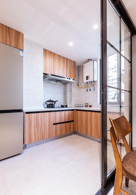厨房图片来自家装大管家在130平北欧舒适3居 放空自我世界的分享