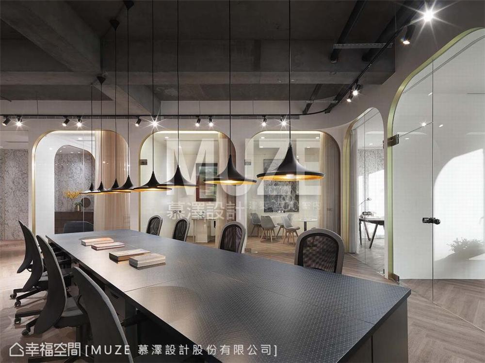装修设计 装修完成 现代风格 其他图片来自幸福空间在198平,精致 高雅的办公空间的分享