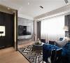 优雅氛围 客厅每一件软件家俬,皆散发出浓厚古典风情,轻松勾勒出低调优雅的居家意涵。