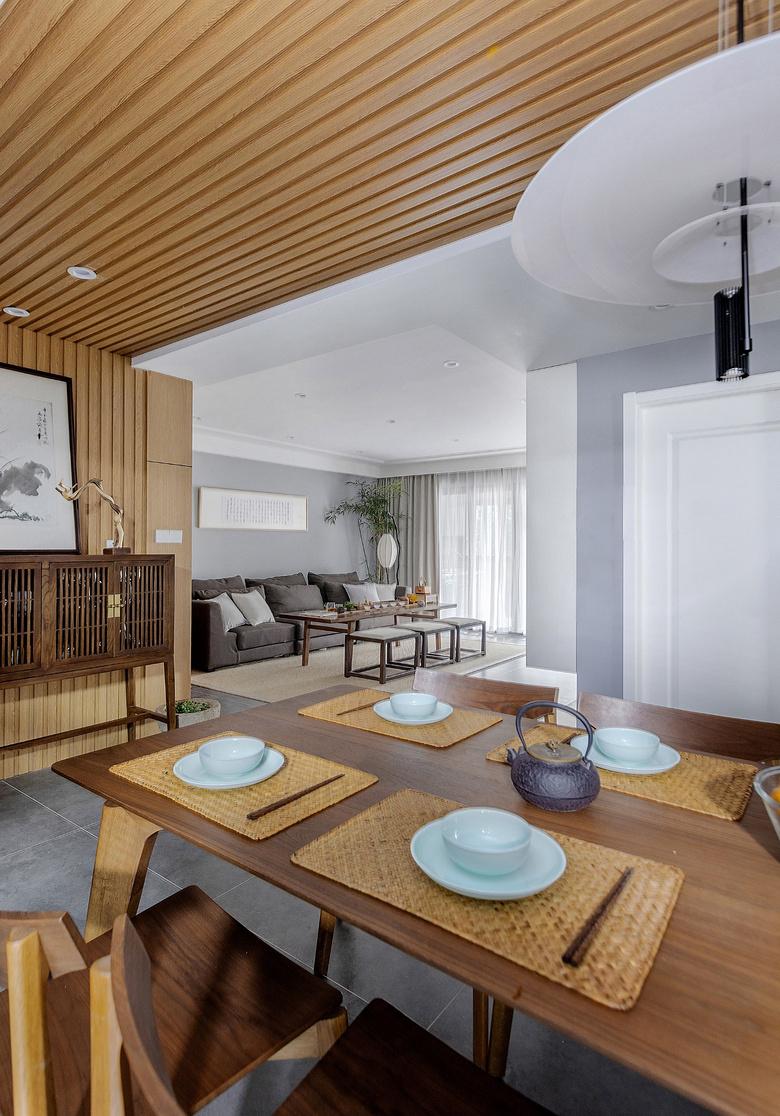 餐厅图片来自家装大管家在静谧穿越 138平混搭中式雅致3居的分享