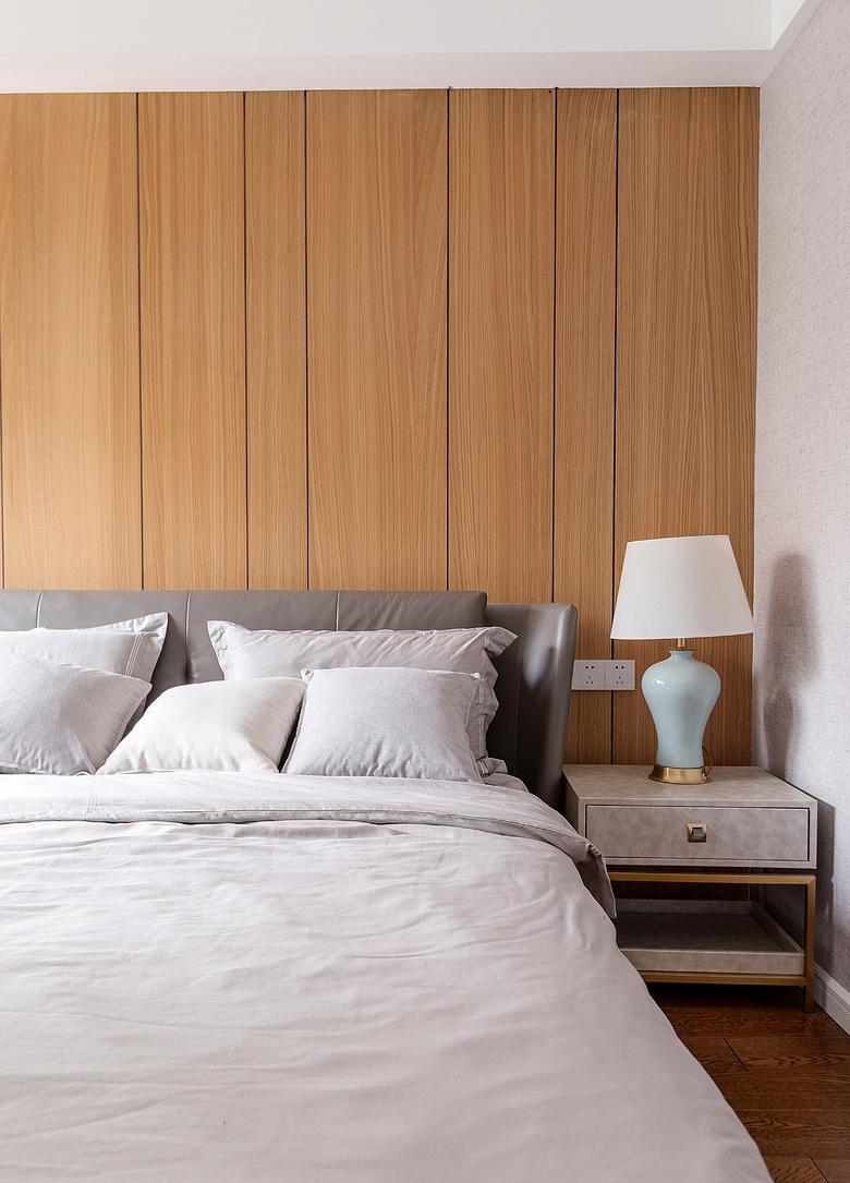 卧室图片来自家装大管家在静谧穿越 138平混搭中式雅致3居的分享