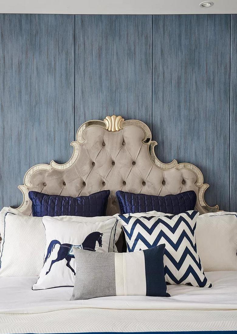 卧室图片来自家装大管家在146平轻奢美式3居 都挺好的生活的分享
