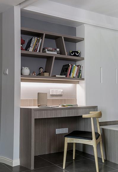 客厅图片来自家装大管家在舒适的家 78平简约现代时尚空间的分享