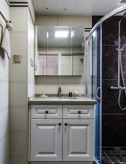 卫生间图片来自家装大管家在110平简约美式3居 让宁静不低调的分享