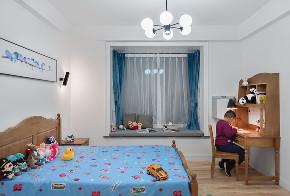 混搭 别墅 白领 收纳 80后 小资 儿童房图片来自林上淮·圣奇凯尚装饰在300平米宽墅60万变身150万精品墅的分享