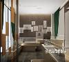 展柜采用了柔软的中性色,避免了强烈的视觉刺激,创造了一个精致的空间。
