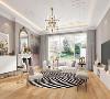 客厅:宽敞的客厅与餐厅相连,大面的阳光洒落,融入优雅奢华的金属色调,大胆活跃的搭配,别致的质感带来时尚与现代的体验。