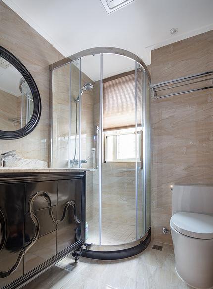 卫生间图片来自家装大管家在稳重优雅 140平现代美式混搭3居的分享