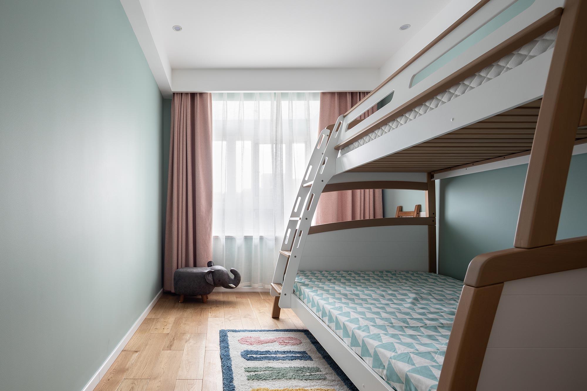 北欧 儿童房图片来自大墅尚品-由伟壮设计在140㎡铂克花园『淡淡薄荷味』的分享
