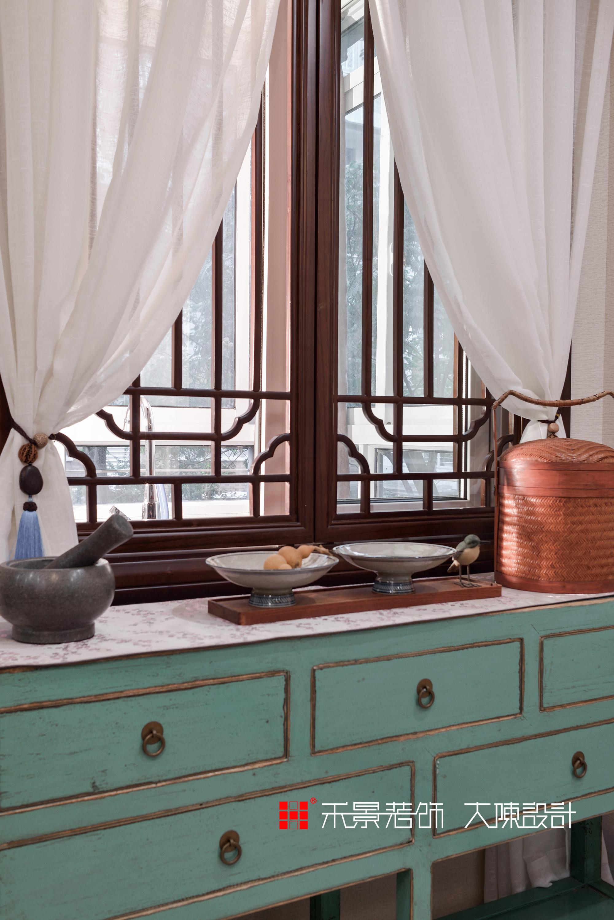中式 餐厅图片来自禾景大陈设计在空谷幽兰亦芬芳的分享