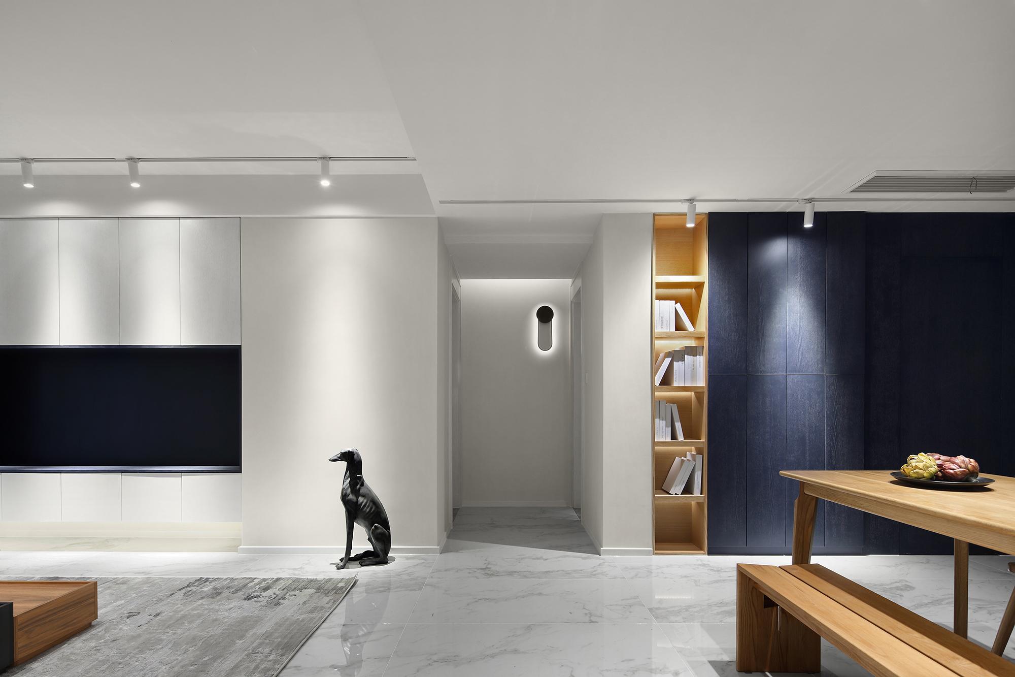 三居 收纳 小资 客厅图片来自禾景大陈设计在樱花红陌上,雅舍自悠然。的分享