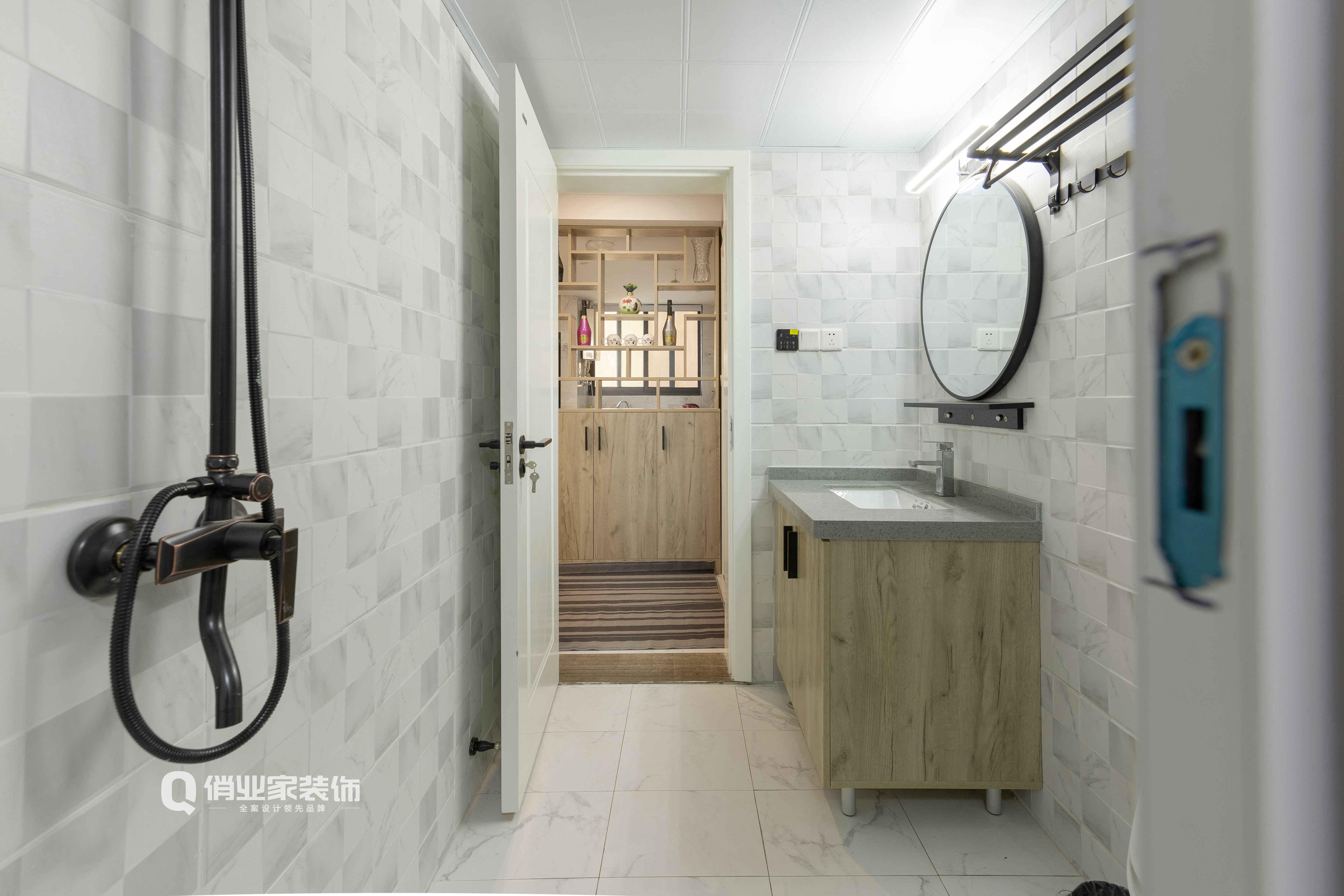 混搭 三居 现代 卫生间图片来自俏业家装饰在俏业家装饰富力湾装修现代混搭的分享