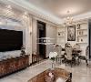 在空间的打造上,130平的空间完全能够满足这个三口之家的舒适生活。
