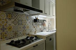 美式风格 简约 温馨 厨房图片来自俏业家装饰在重庆融创春晖十里四房简美风格的分享