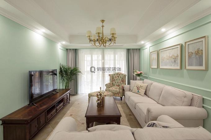 美式风格 简约 温馨 客厅图片来自俏业家装饰在重庆融创春晖十里四房简美风格的分享
