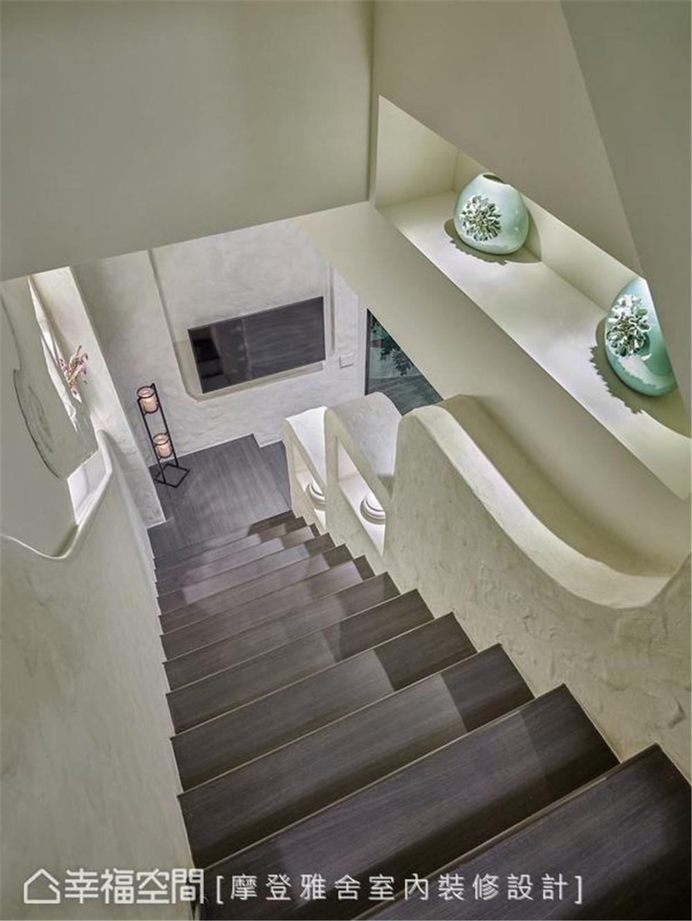 装修设计 装修完成 休闲多元异 楼梯图片来自幸福空间在198平,绿意工业风,舒适美宅的分享