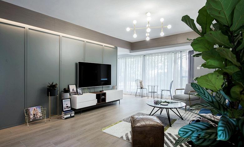 客厅图片来自家装大管家在135平北欧混搭3居 文艺优雅并存的分享